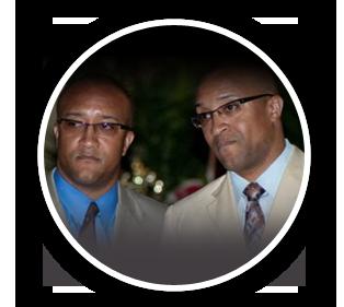 Vince & Vance Moss
